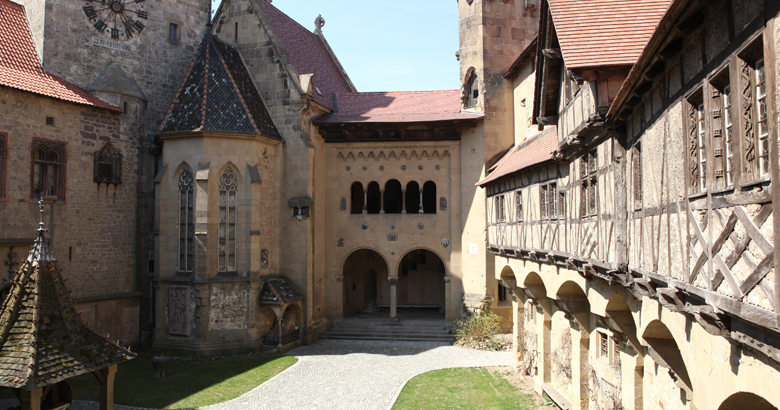 Welcome to <div>Kreuzenstein Castle!</div>